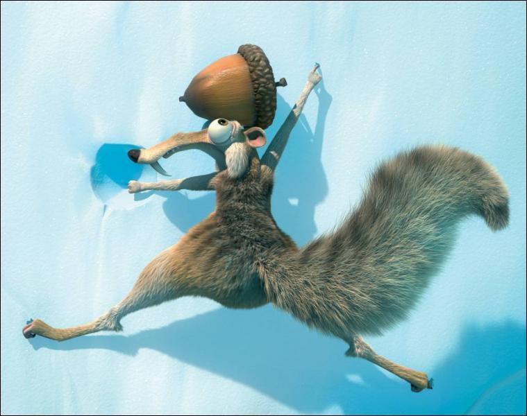 Comment s'appelle le petit écureuil sur lequel s'ouvre le film et qui fait des apparitions récurrentes tout au long de l'histoire ?