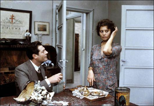 """""""Une Journée particulière"""" est un long-métrage réalisé par Ettore Scola."""