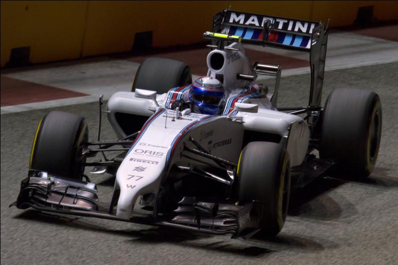 Deuxième saison chez Williams, le pilote de la voiture 77 confirme les espoirs que l'écurie lui porte depuis ses débuts en 2013. Comment se nomme le pilote de la voiture 77 ?