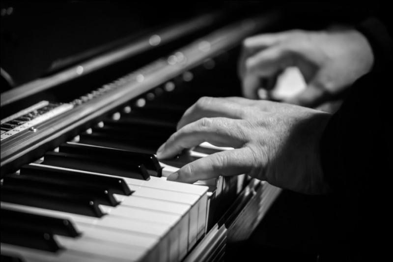 Qui est un éminent représentant du jazz-rock, récemment décédé ?