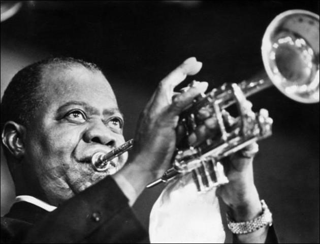 De quel instrument Louis Armstrong jouait-il ?