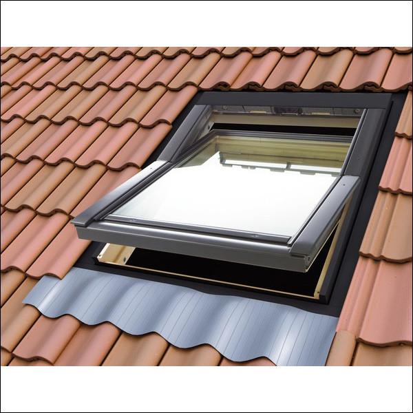Vé comme vélux : c'est une fenêtre de toit. Laquelle de ces propositions n'en est pas une ?