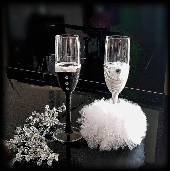 Si vous fêtez votre mariage autour d'une fondue savoyarde, quel alcool se marie avec la fondue ?
