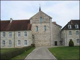 Nous terminons notre balade dans le Jura, à l'abbaye d'Acey, à Vitreux. Nous sommes dans l'ex région ...