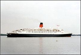 Paquebot construit par la société de croisières Cunard en 1968 ?