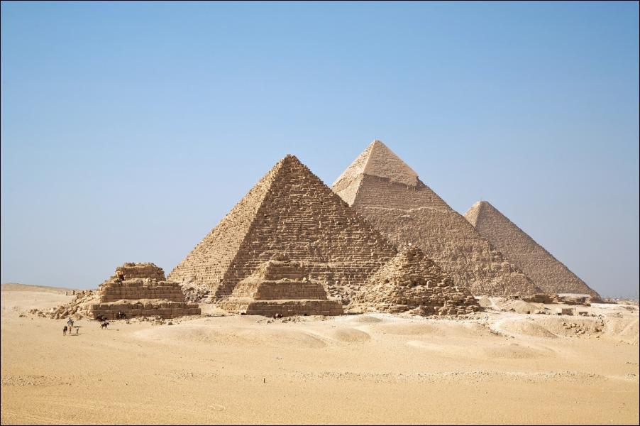 Quelle est la plus haute des pyramides de Gizeh ?