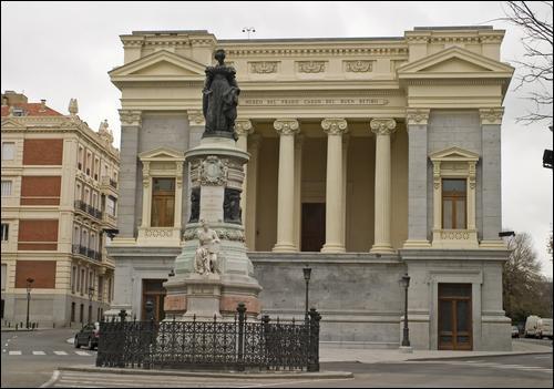 Quel est le grand musée qui se trouve à Madrid ?