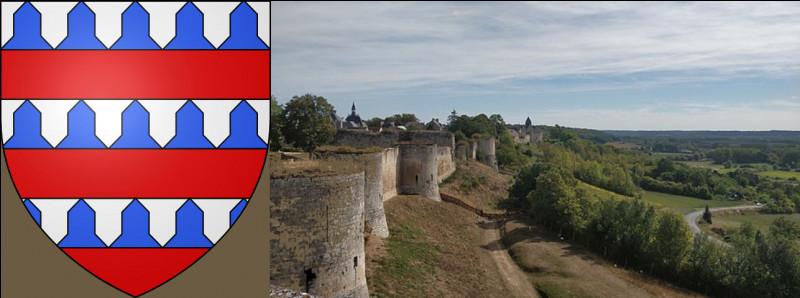 """Qui dit """"guerre"""" dit """"châteaux"""", et ils sont pléthore ici. La commune de Coucy-le-Château porte un 3e nom, pour bien montrer qu'il est fort et même blindé !"""