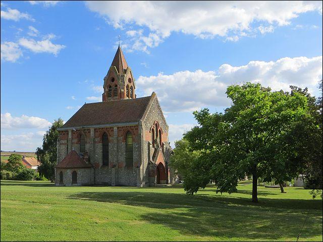 Le verlan ne date pas d'aujourd'hui : le nom du village de Saint-Gengulph, de celui - germanique - d'un saint bourguignon du 8e s. ayant combattu aux côtés de Pépin le Bref, en est la preuve médiévale !