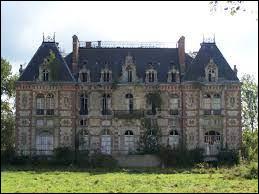 Nous partons en Île-de-France, à la découverte du château de Bonnelles. Ville de l'arrondissement de Rambouillet, elle se situe dans le département ...