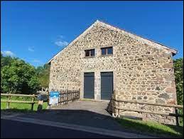 Petit village Puydômois de 72 habitants, Verrières se situe dans l'ex région ...
