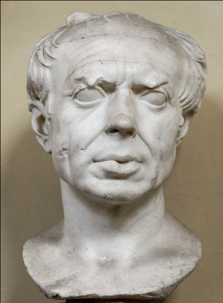 Consul à sept reprises entre 107 et 86 avant J-C, il est célèbre par ses victoires militaires sur les barbares Cimbres et Teutons : c'est ...