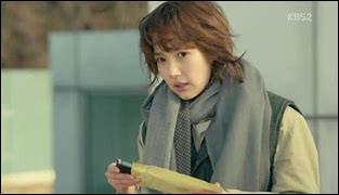 Qu'arrive-t-il à Chae Young-shin lorsqu'elle voit de la violence ?