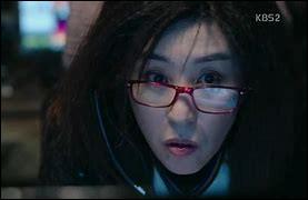 Qu'est-il arrivé d'horrible à Jo, sa hacker, lorsqu'elle était encore policière ?