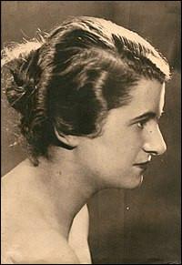 Quelle était la discipline de prédilection d'Hélène Boucher ?