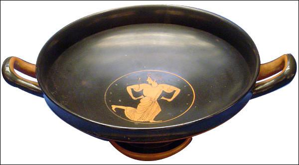 Dans l'Antiquité grecque, coupe pour déguster le vin :