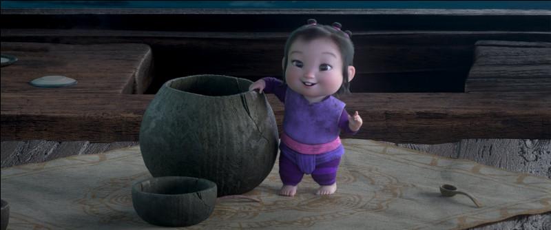 Le bébé que trouve Raya se nomme Boun.
