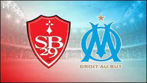 Lors de la saison 1989-1990, Brest s'impose à domicile contre l'OM dans un match capital pour son maintien en D1. Quel fut le score de ce match ?
