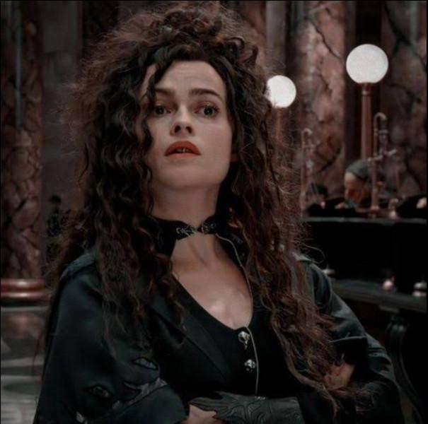 Par qui Sirius Black est-il tué ?