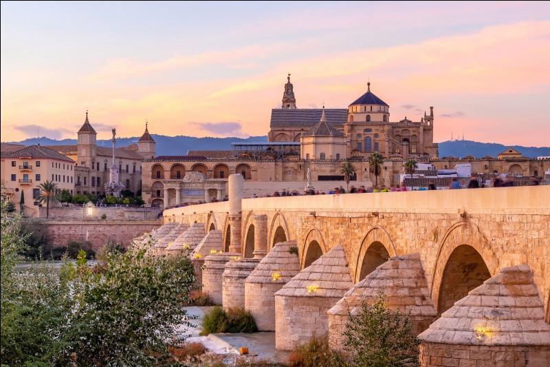 Cordoue : dans quelle région d'Espagne est-elle située ? (communauté autonome)