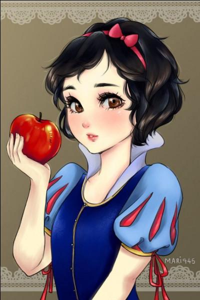Elle n'aurait pas dû croquer dans la pomme...