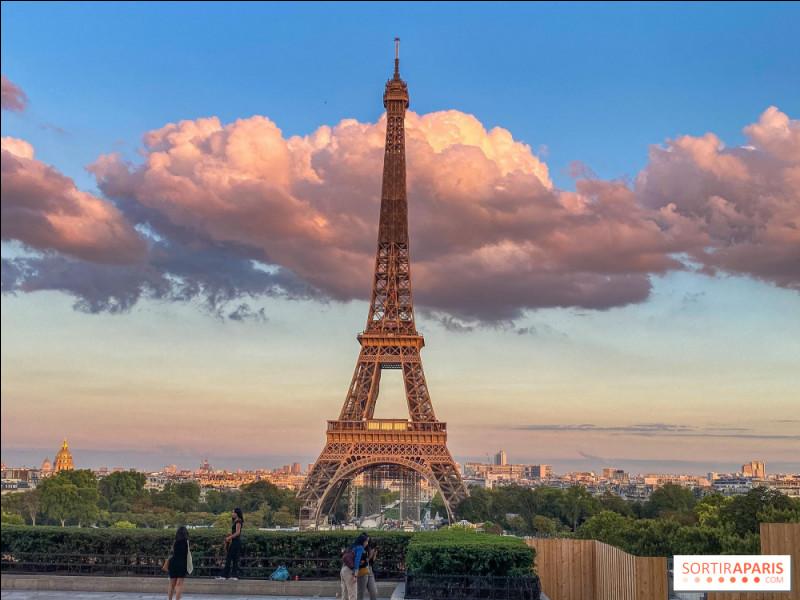 En quelle année fut construite la tour Eiffel ?