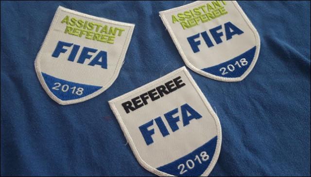 Combien d'arbitres français différents ont été nommés par l'UEFA afin d'officier lors de la compétition ? (On prend en compte tous les arbitres : arbitres centraux, arbitres assistants, arbitres vidéo, arbitres assistants vidéo, arbitres de réserve et arbitres assistants de réserve).