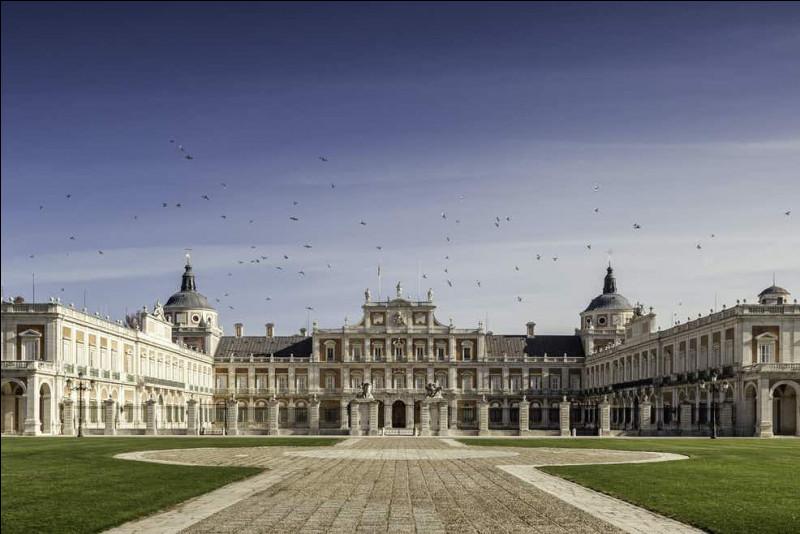 C'est en Autriche, près de Vienne, que vous verrez ce palais :