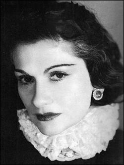 Qui est cette Coco, grande couturière, célèbre pour ses créations de haute couture et ses parfums, fondatrice de la marque qui porte son nom, morte en 1971 ?