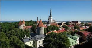 Quelle mer borde la Lituanie, l'Estonie et la Lettonie ?