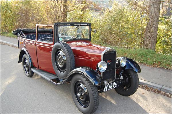 Doyenne de ce quiz, cette automobile est le premier modèle d'une lignée qui marquera l'automobile française. Quel est ce modèle ?