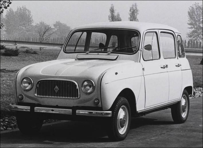 Est-ce une Renault 4 L 1961 de 747 cm3 ?