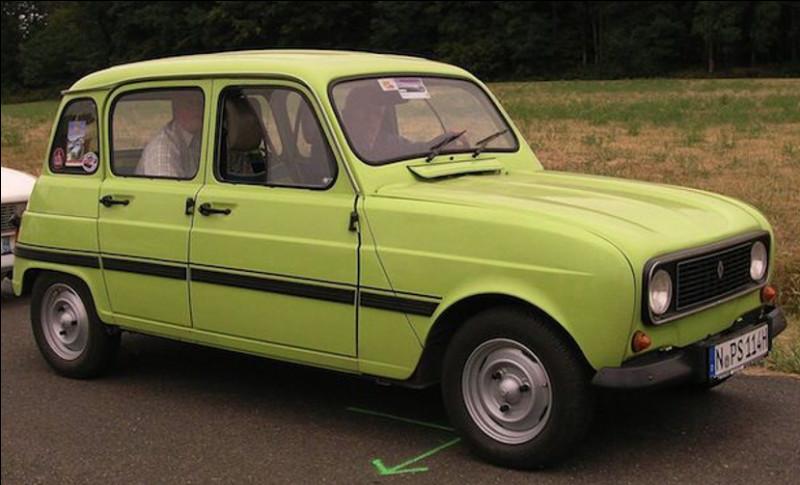 Est-ce la Renault 4 série spéciale Prairie de 845 cm3 ?