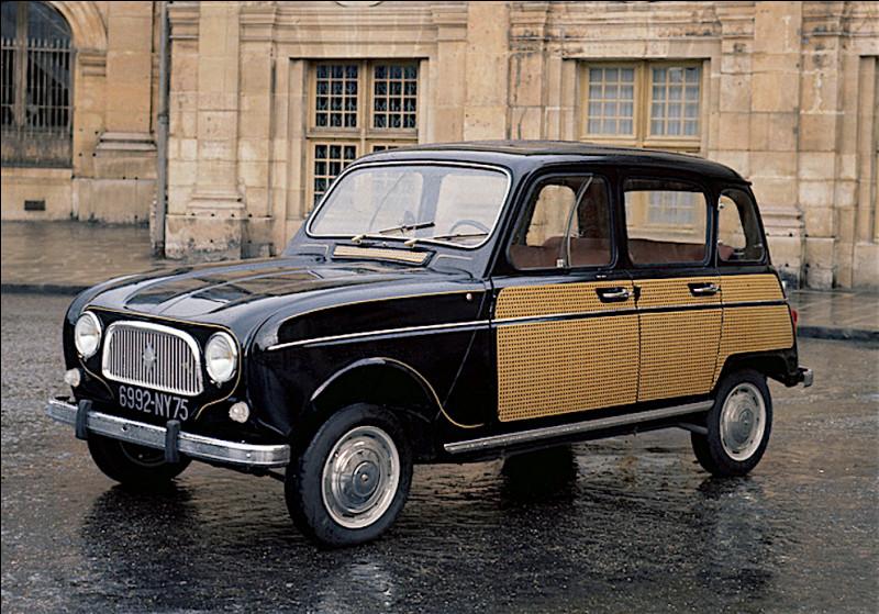 Est-ce la Renault 4 série spéciale Arlésienne de 845 cm3 ?