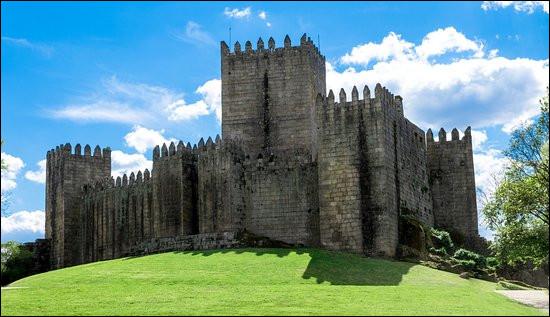 C'est en Serbie que vous verrez ce château édifié au XIIe siècle :