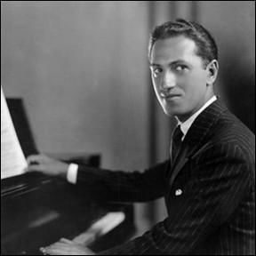 """Né en 1898, ce musicien américain avait 26 ans quand il a composé en 1924 """"Rhapsody in Blue"""" : c'est ..."""