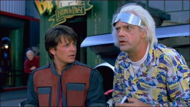 Quel est ce film avec Michael J. Fox et Christopher Lloyd ?