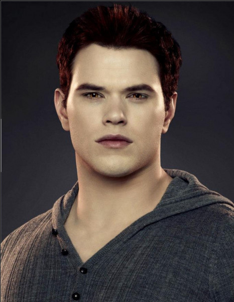 Qui a transformé Emmett ?
