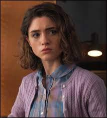 Avec qui Nancy est-elle en couple dans la saison 2 ?