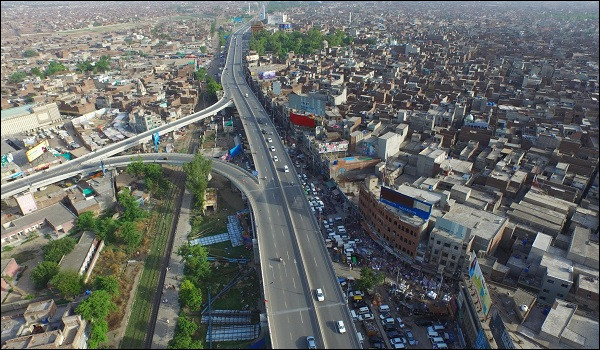 Gujranwala, 2 millions d'habitants, est une ville d'...