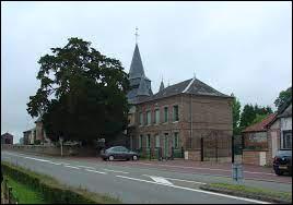 Sainte-Croix-sur-Buchy est une commune Seinomarine située en région ...