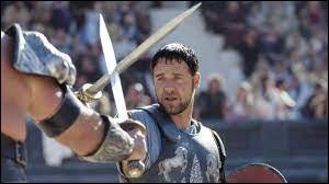 """Qui a réalisé le film """"Gladiator"""" sorti en 2000 ?"""