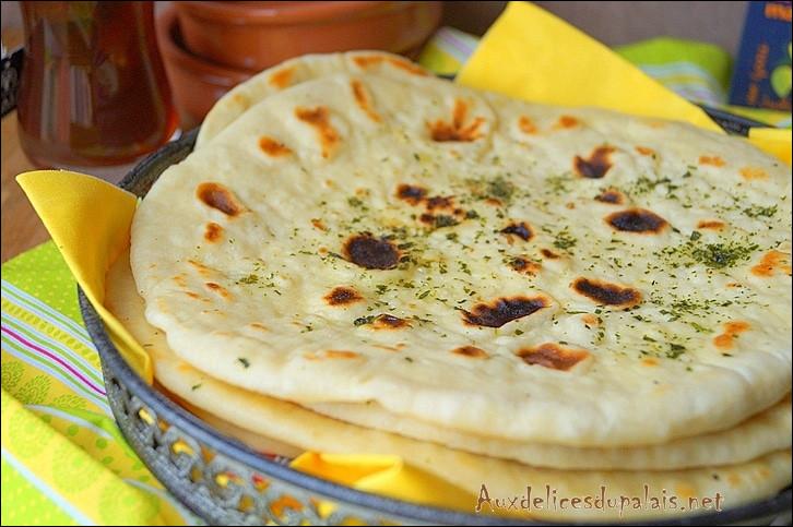 Pains de la cuisine indienne, ronds et plats :
