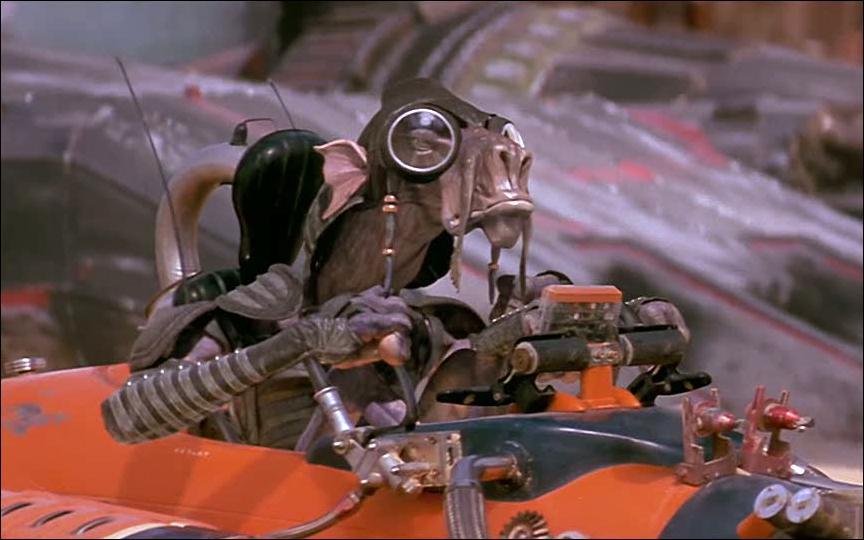 Dans le premier épisode, qui est le principal concurrent d'Anakin lors de la course de modules ?