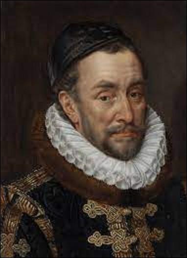 10 juillet 1584 : Guillaume d'Orange-Nassau, qui a libéré le Nord des Pays-Bas de la tutelle espagnole, est assassiné par Balthazar Gérard, alléché par les 25 000 écus promis par le roi d'Espagne Philippe II. Capturé et horriblement exécuté, il n'en profitera pas. Quel était le surnom de Guillaume d'Orange-Nassau ?