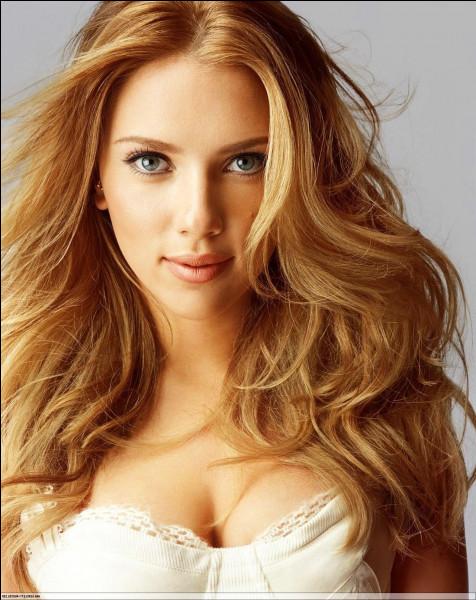 Scarlett Johansson est...