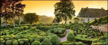 J : Dans quel département français peut-on visiter les jardins de Marqueyssac ?