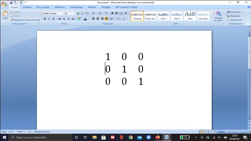 Calculer le carré de la matrice suivante (matrice identité de taille 3*3) :