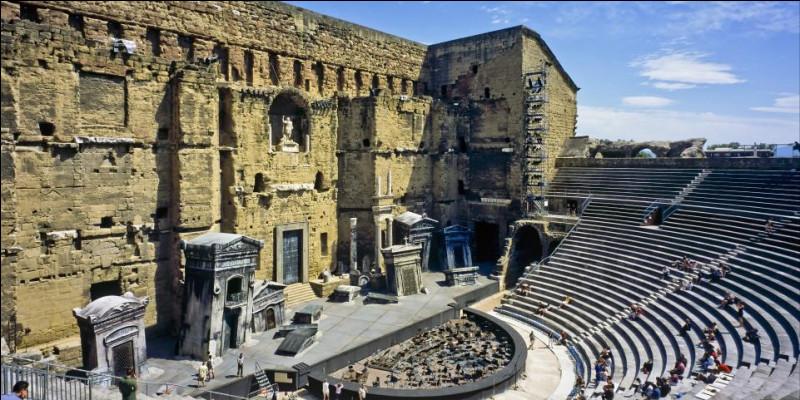Où verrez-vous le théâtre romain d'Orange ?