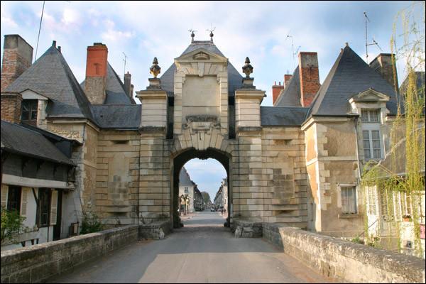 Où pourrez-vous visiter la petite ville de Richelieu ?